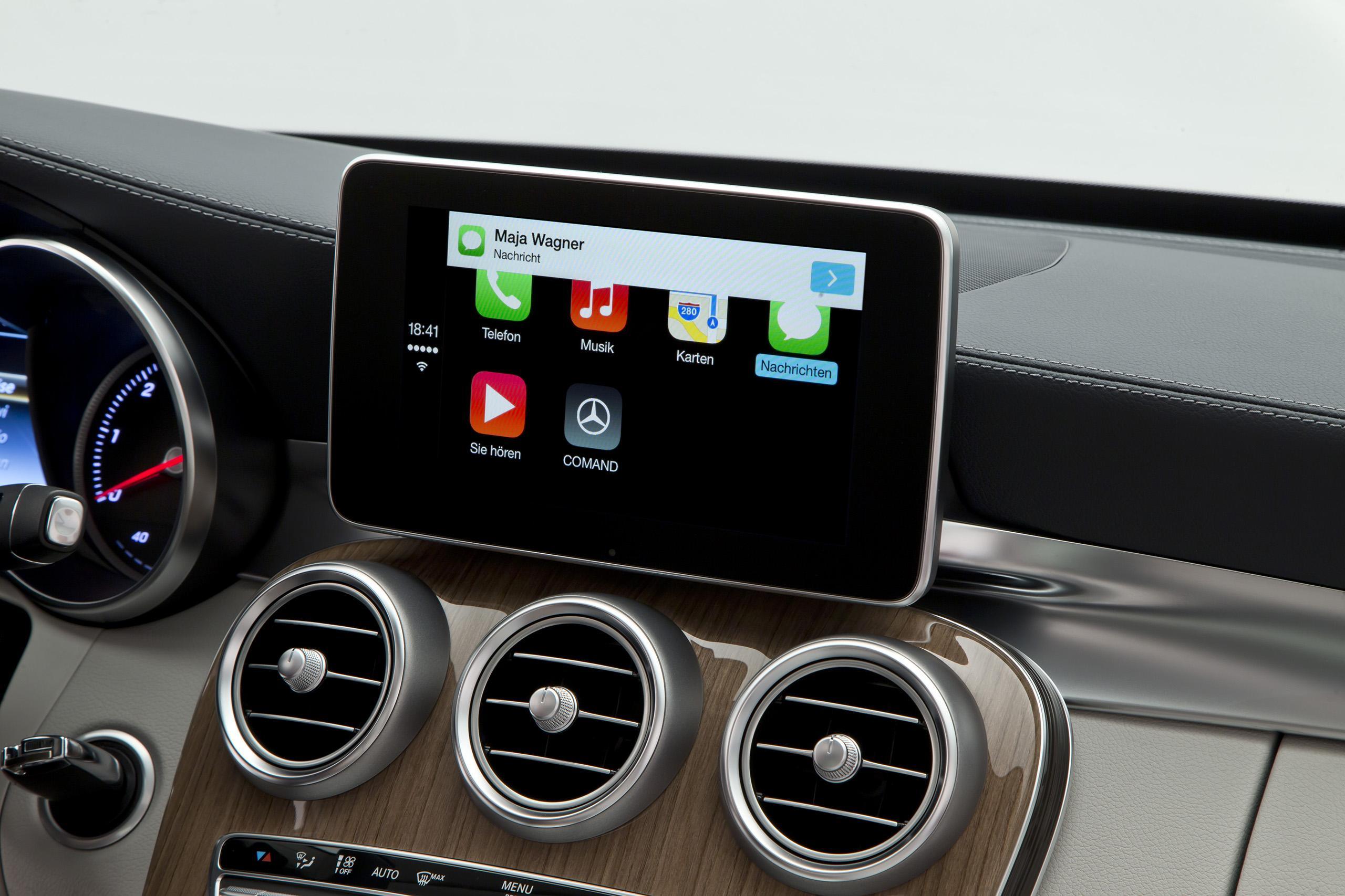 Apple CarPlay en un Mercedes Benz