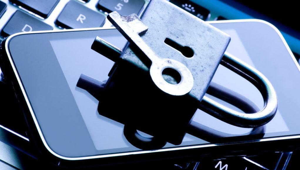 Según el último informe de transparencia, Apple aumentó la cantidad de datos cedidos a los gobiernos
