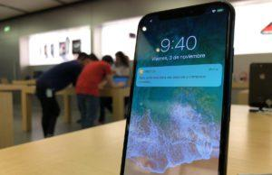 iPhone X Apple Store