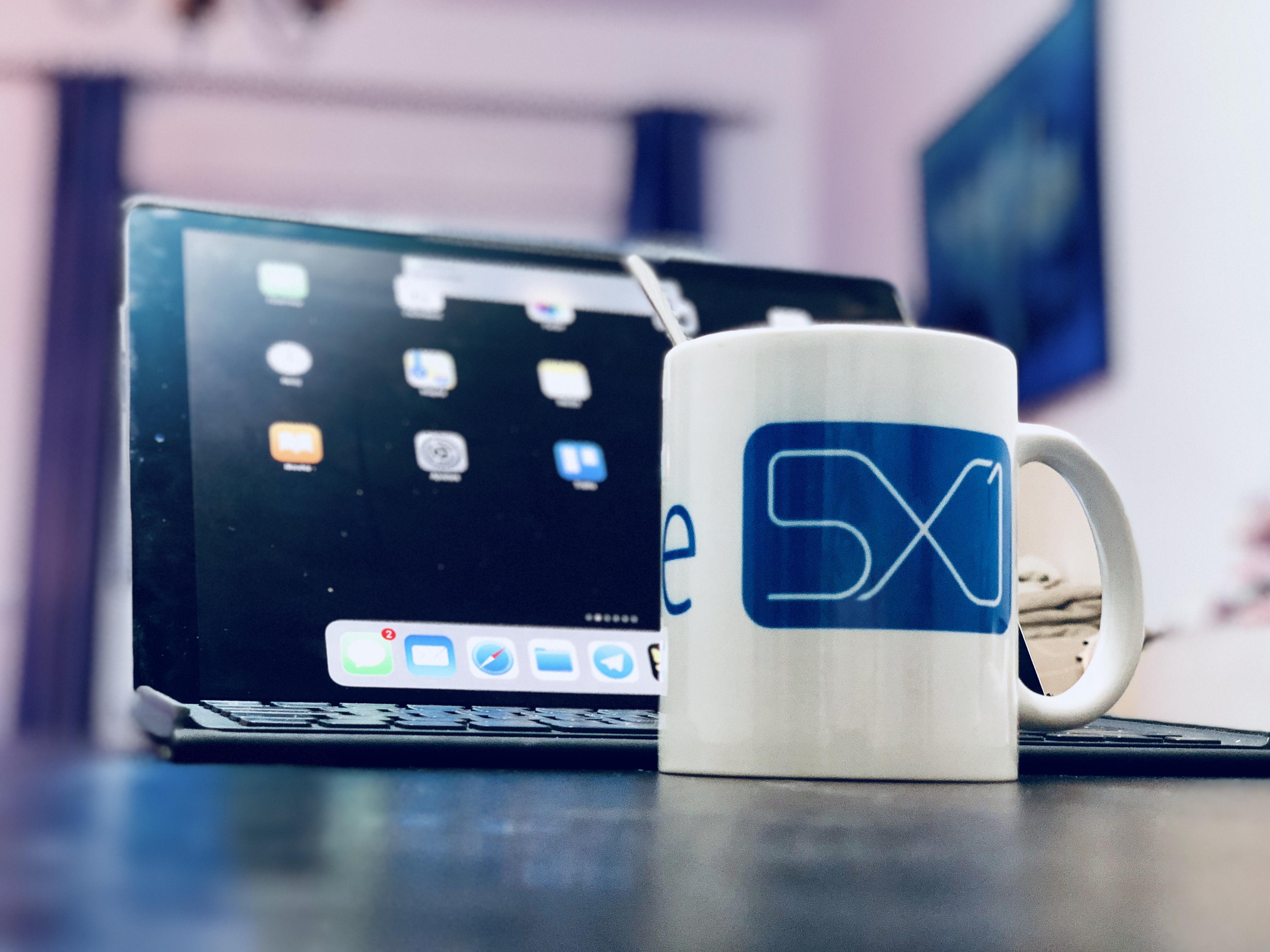 iPad Ricky Apple 5x1