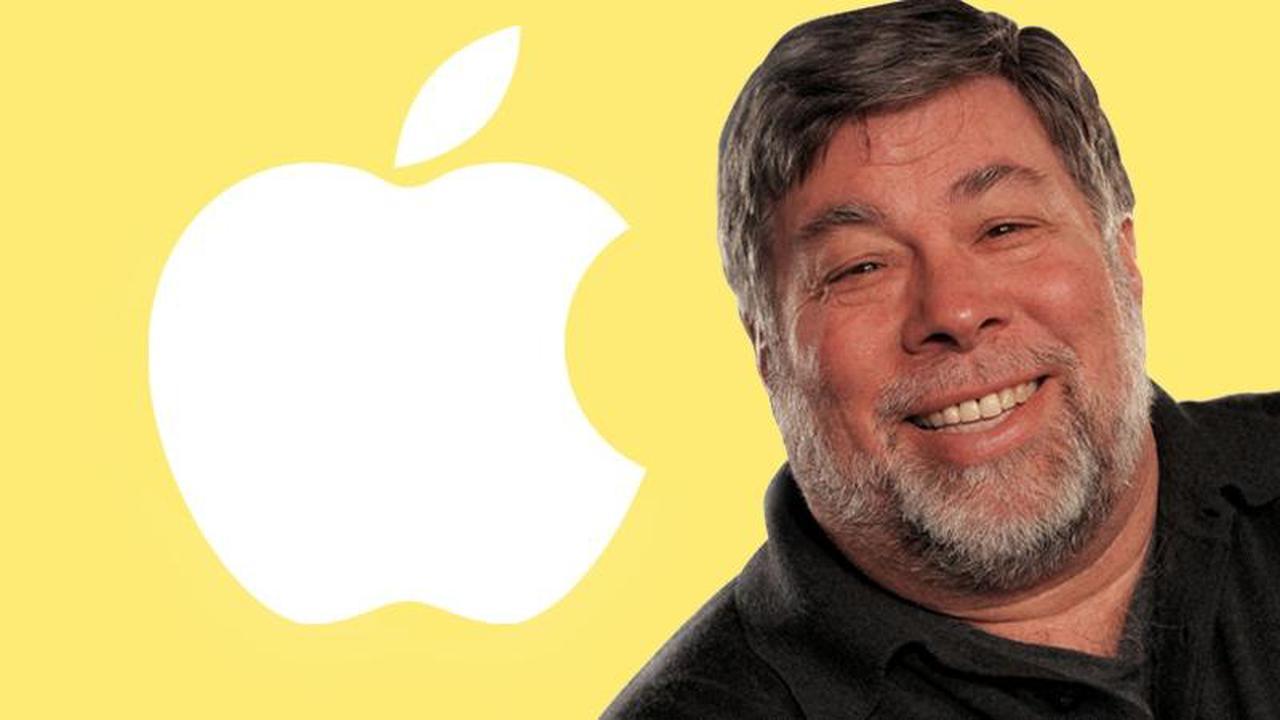 Steve Wozniak, el cofundador de Apple, desea un iPhone plegable