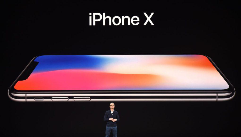Tim Cook iPhone X