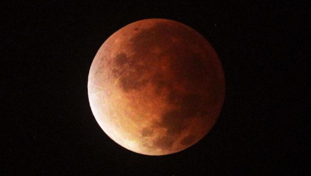 Eclipse Lunar Luna de Sangre