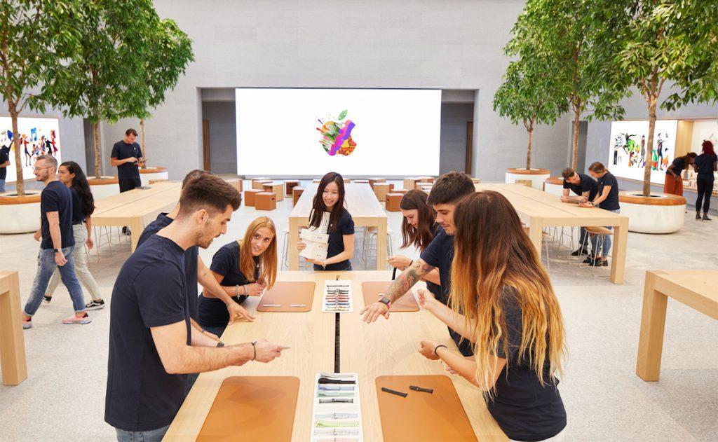 Apple Store Milan trabajadores