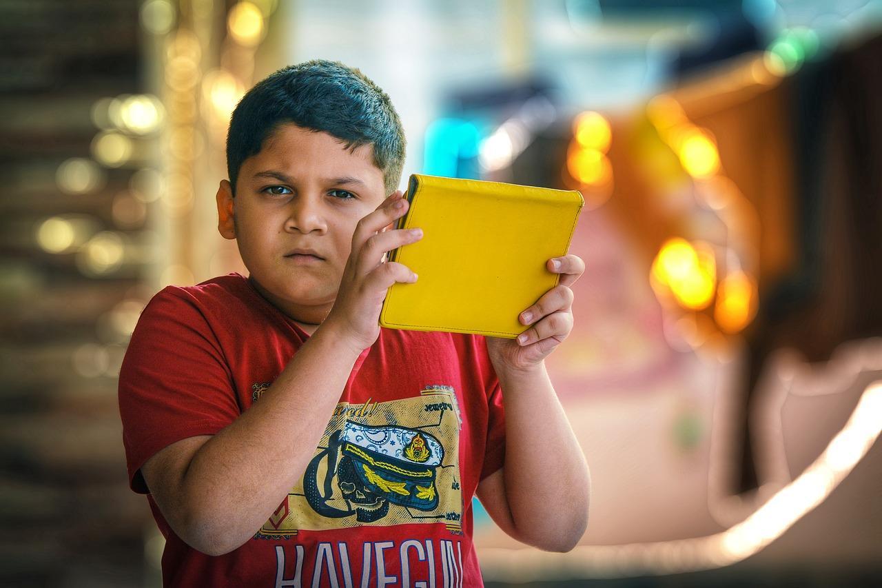 Niño iPad Apple