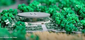 Recrean a escala reducida Apple Park con piezas de LEGO