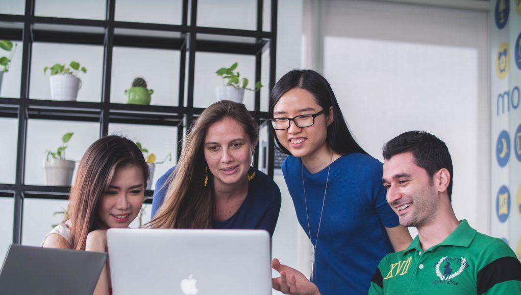 Estudiantes Apple MacBook Pro