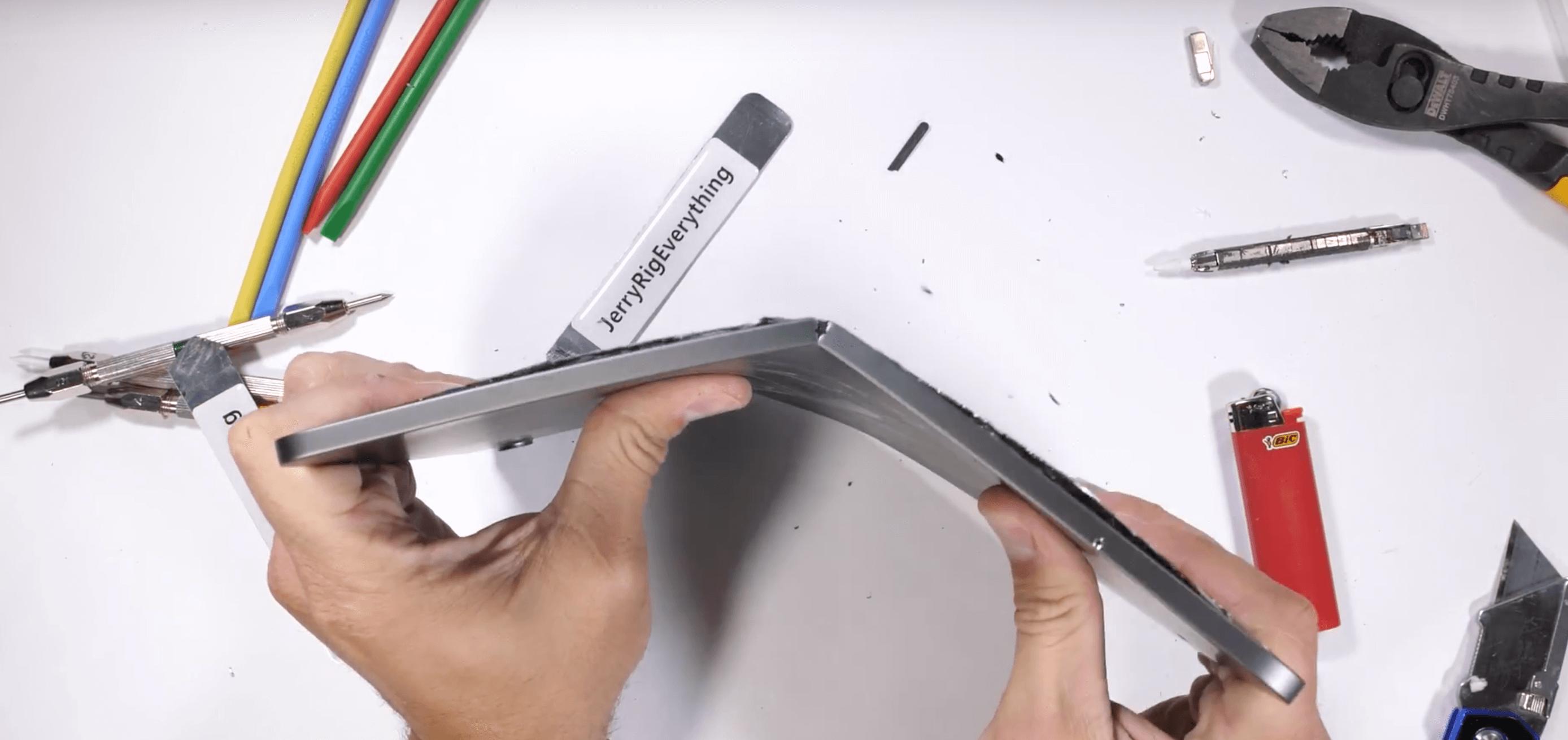 destrozando iPad Pro