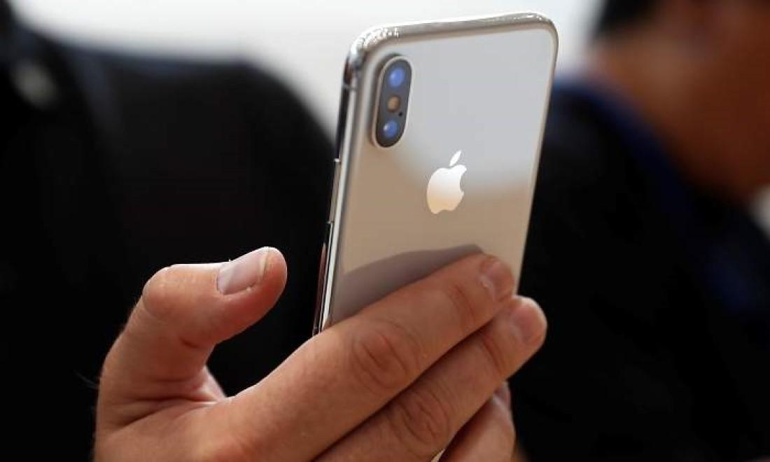 c0fae87ddc9 Cómo manejar a una mano el iPhone X, XS, XS Max y XR