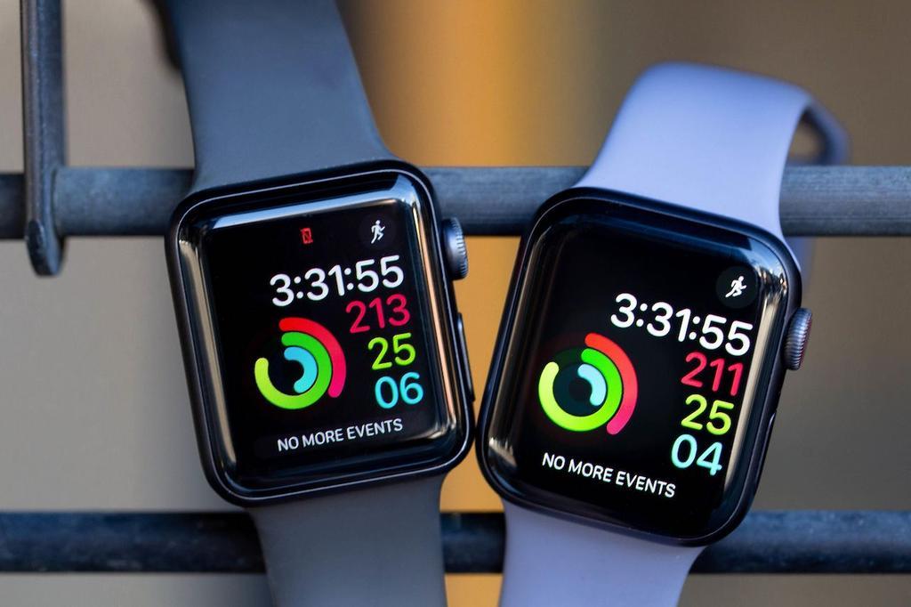 Apple Watch Series 5 Apple Watch Series 4