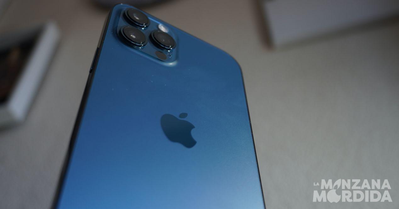 Función tocar atras en iPhone